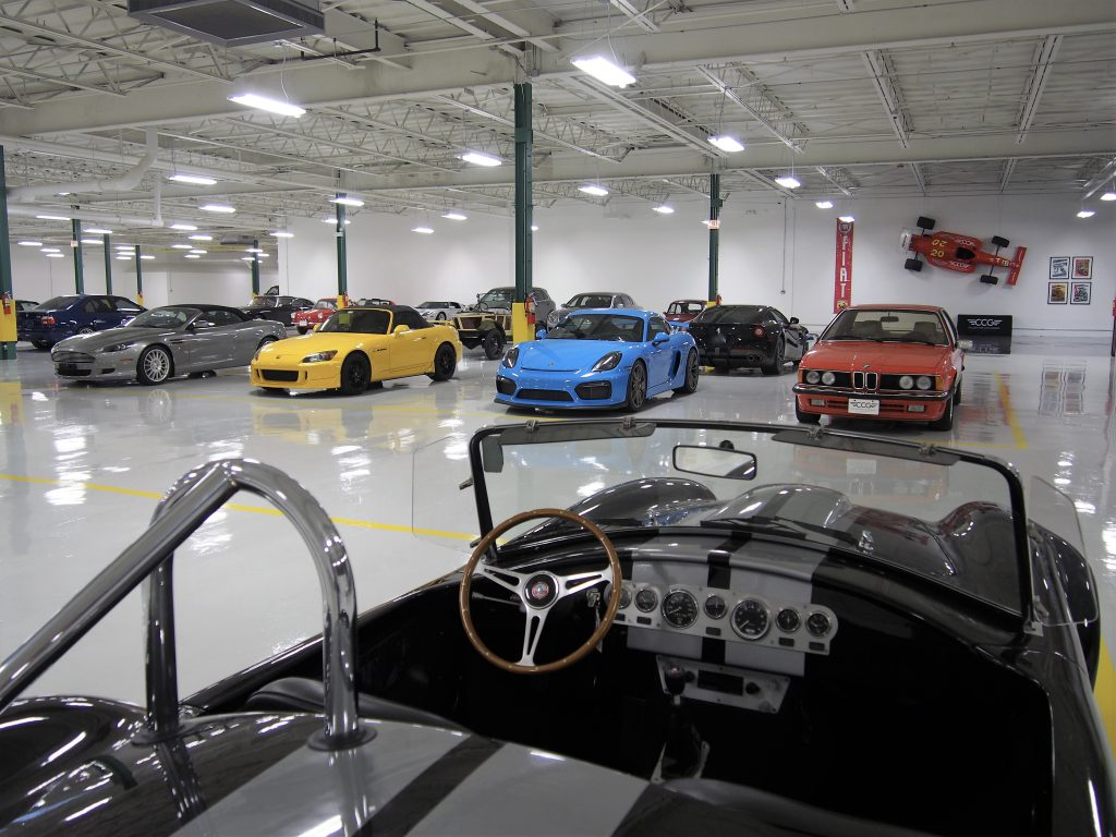 Chicago gallery collectors car garage for Garage new s villejuif